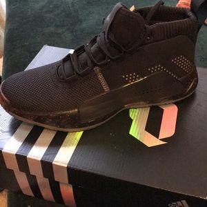 NWT Damian Lillard Dame 5 sneakers 🏀🏀🏀